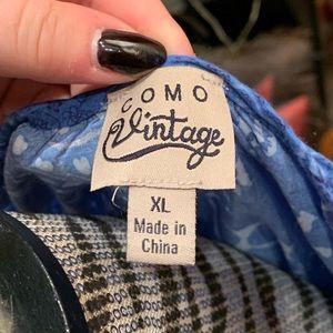 Como Vintage Tops - Blue paisley blouse